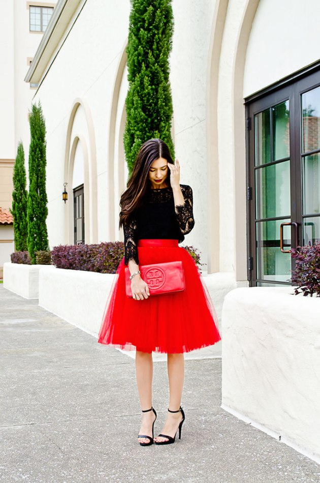 how-to-wear-a-tulle-skirt
