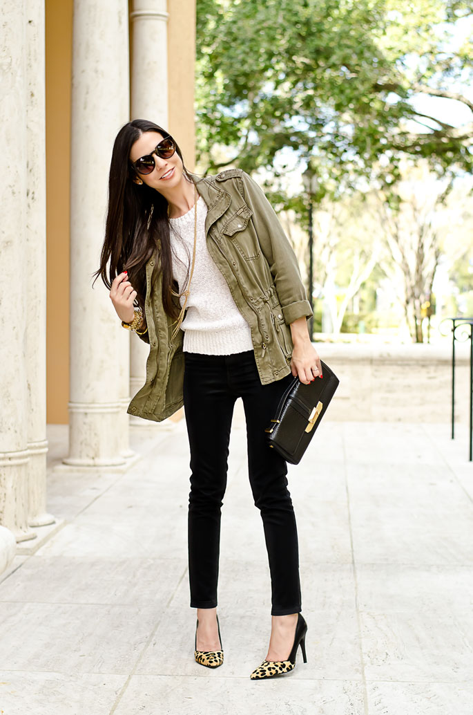 Black skinny jeans | The Classified Chic