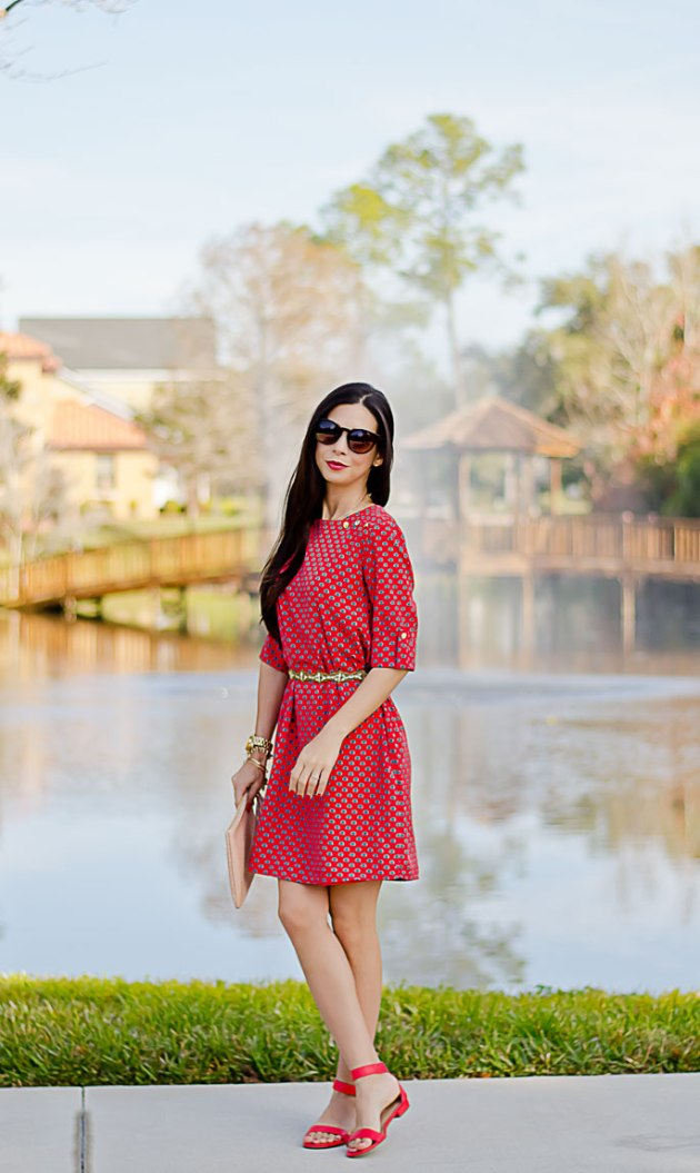 casual-date-night-outfit-red-shift-dress-mint-julep-boutique-giveaway-1
