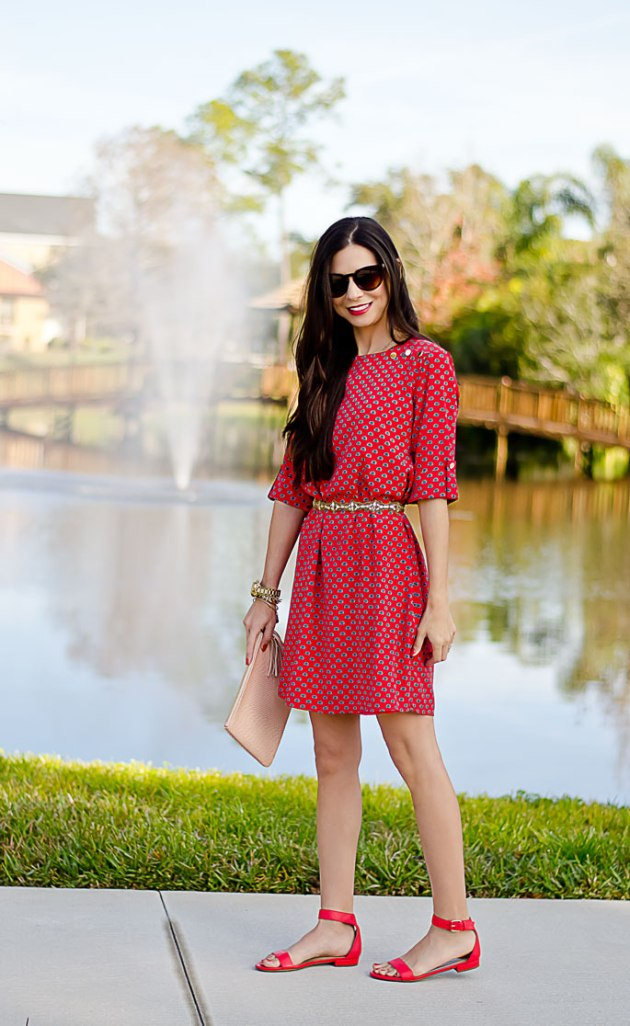 casual-date-night-outfit-red-shift-dress-mint-julep-boutique-giveaway-4