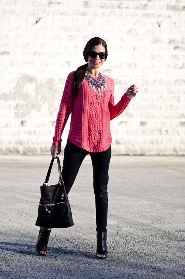 dressing-up-a-bright-pink-cable-knit-sweater-with-a-statement-necklace-4