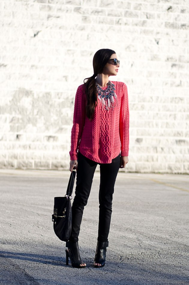 dressing-up-a-bright-pink-cable-knit-sweater-with-a-statement-necklace-5