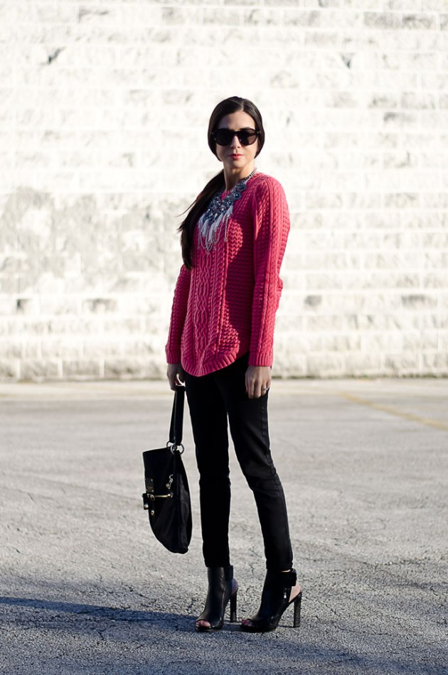dressing-up-a-bright-pink-cable-knit-sweater-with-a-statement-necklace-8