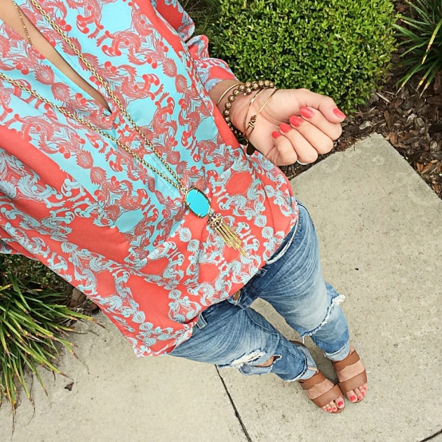 kendra-scott-tassel-necklace-blankNYC-ripped-jeans-fashion-blogger-instagram-outfit-of-the-day