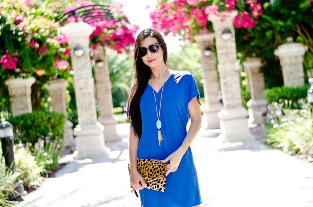 outfit-of-the-day-blue-dress-maggy-london-clare-v-leopard-clutch-tassel-neck-lace-kendra-scott