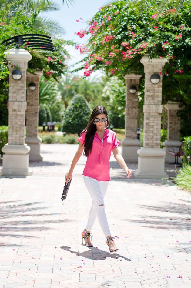 summer-outfit-idea-bright-pink-and-white-ripped-jeans-with-heels-2
