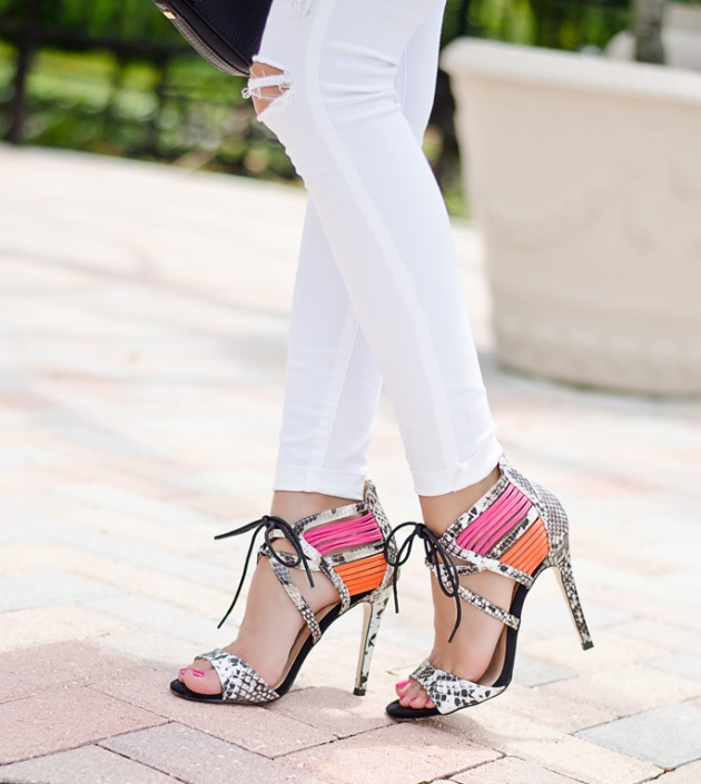 The-perfect-lace-sandals-from-Dorothy-Perkins-Snake-Print-and-Pink