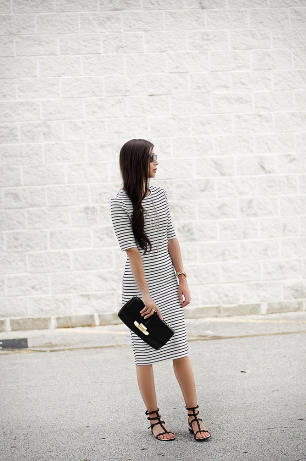 Striped-Dress-Dorothy-Perkins-Rebecca-Minkoff-Georgina-Sandals-and-black-clutch