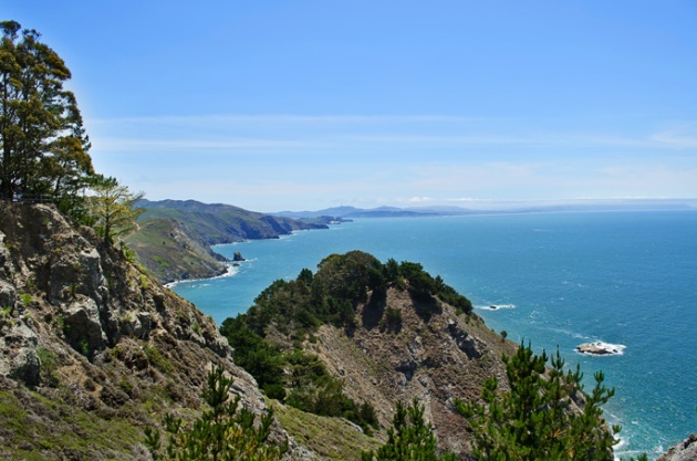 View-of-the-Pacific-Ocean-North-of-Muir-Woods-South-of-Point-Reyes