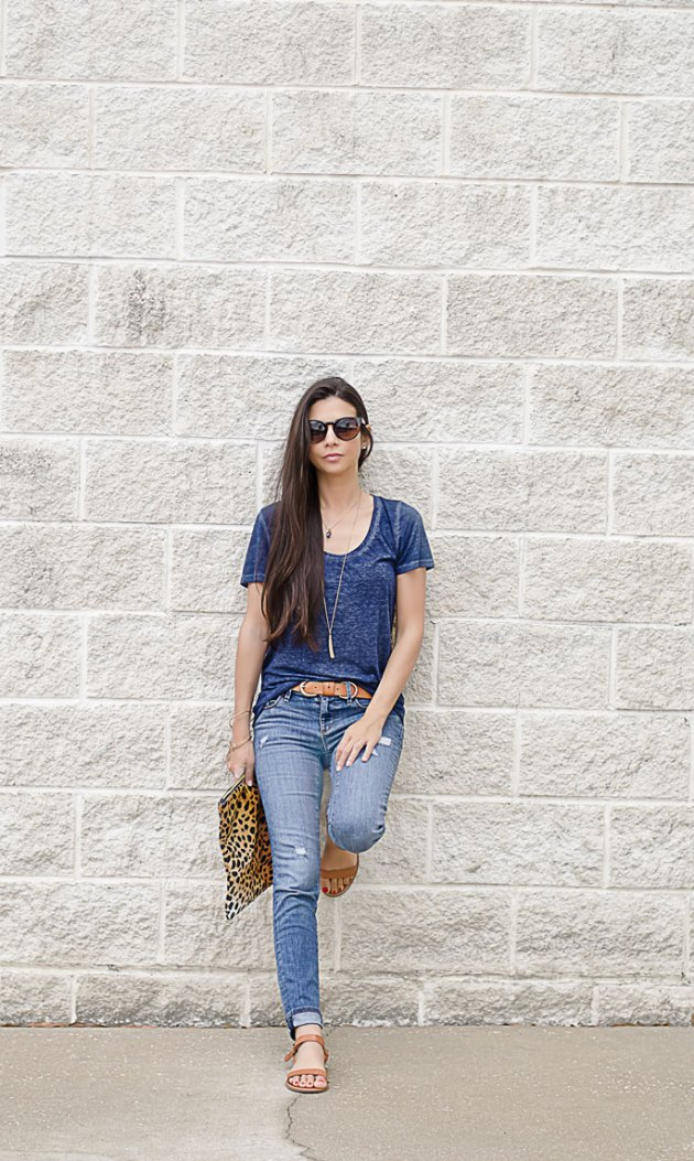 outfit-of-the-day-blue-jeans-ann-taylor-loft-linea-pelle-belt-nordstrom-tee-1