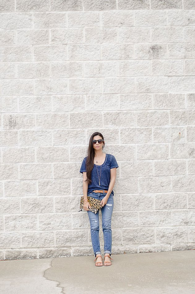 outfit-of-the-day-blue-jeans-ann-taylor-loft-linea-pelle-belt-nordstrom-tee-2